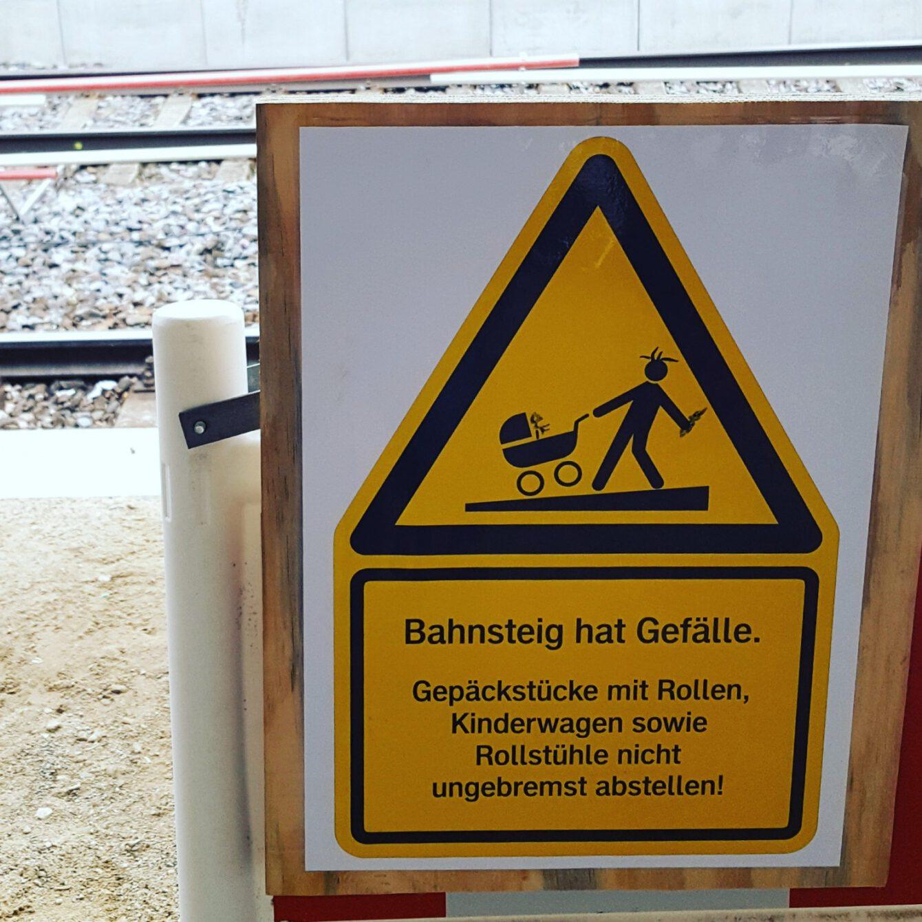 Bahnsteig, Pinneberg (bei Hamburg)
